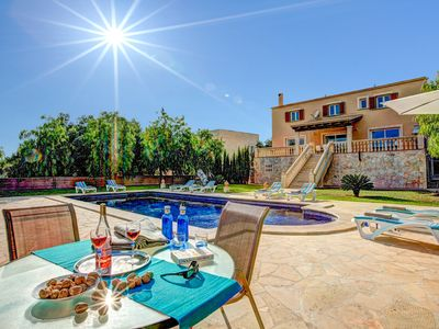Photo for 4 bedroom Villa, sleeps 8 in Portocolom with Pool, Air Con and WiFi