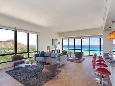 Photo for Fabulous Diamond Head and Ocean views from this two-bedroom penthouse suite!