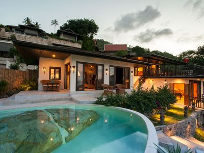 Photo for Luxury Thai Style Villa with Rock pool S