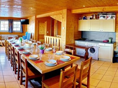 Photo for Chalet Le Corbier, 5 bedrooms, 16 persons