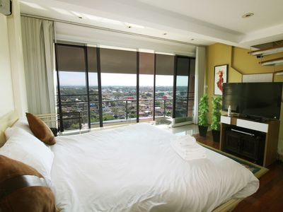Photo for Penthouse 2 bedroom/6 person with Spacious view on Night Bazaar road!