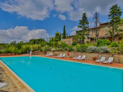 Photo for 2BR Apartment Vacation Rental in Casole d'Elsa