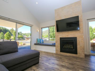 Photo for 2BR Villa Vacation Rental in Bright, VIC
