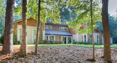 Photo for Modern luxury private home w/ pool 1.4 mi to Stn Mtn