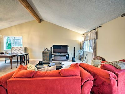 Photo for NEW! 3BD, 2BATH Apartment/Flat - Close to Seattle!