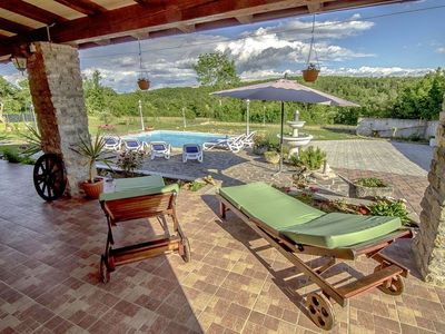 Photo for Villa Anna Groznjan, charming stone villa with heated pool