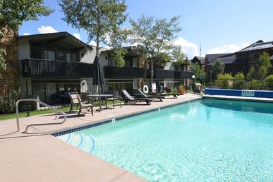 Snowmass Mtn  Walk to Restaurants  Patio & Outdoor Pool/Hot Tub   Parking/Fireplace  Ski-In/Out  - Snowmass Ski Area