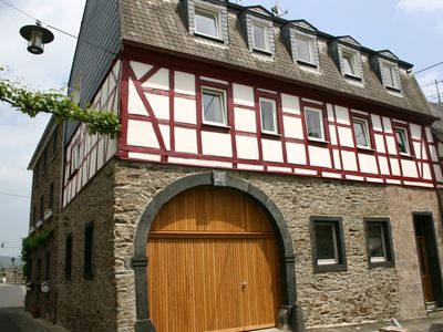 Photo for A modern holiday home for 2-5 people by the River Mosel.