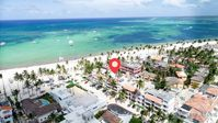 An amazing location, with one of the best prices you can find on the beach !