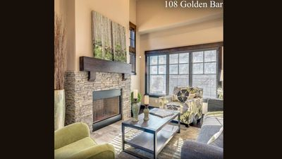 Photo for Beautiful 3Br/3.5Ba Townhome