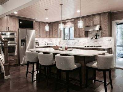 Chefs kitchen 2 master suits hot tub and homeaway chefs kitchen 2 master suits hot tub and pool table workwithnaturefo