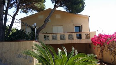 Photo for 4BR Villa Vacation Rental in Quartu Sant'Elena, Sardegna