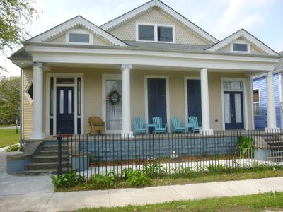 Photo for NEAR FRENCH QUARTER, 3 1/2 Baths, 4 King beds, Sleeps 8 - safest area