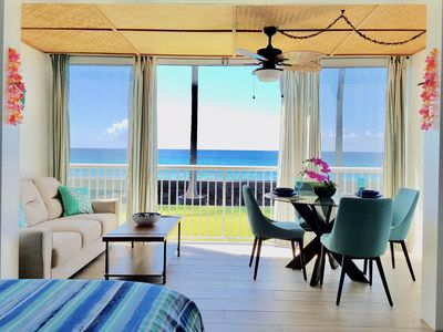 Photo for Tropical Oceanfront Beauty