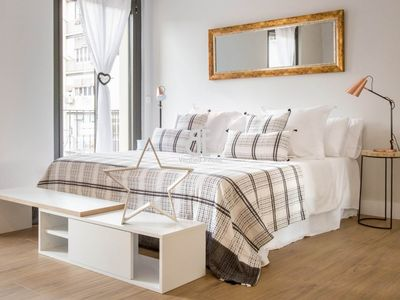 Photo for HOMES IN BLUE - Spectacular loft decorated with a fresh and natural style. Kitchen fully equiped. 1 bathroom. Located in the Eixample.