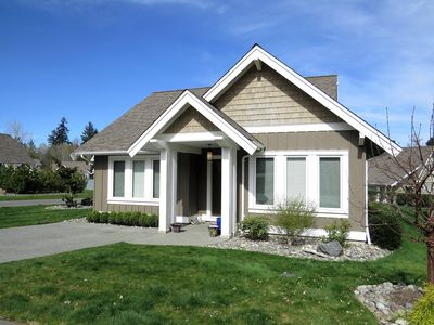 Photo for 2BR House Vacation Rental in Qualicum Beach, BC