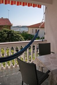 Photo for Quiet apartment with balcony and hammock near the beach, free Wi-Fi