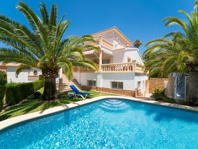 Photo for Luxury villa with gr. Garden, private pool, sea views, air conditioning, central heating, BBQ