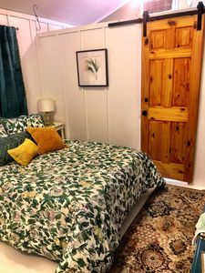 Photo for 10 miles to Emerald Isle beaches New micro cottage queen bed/full bath/nicedec