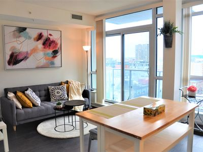 Photo for T230@Bright&Modern dt condo, Eaton Center, museum