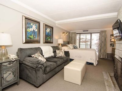 Photo for 206A- Efficiency-Style Lakefront Condominium