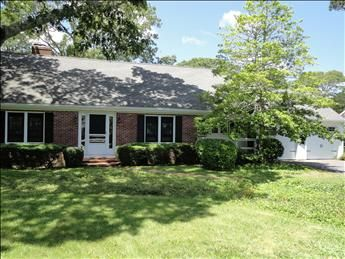 Charming renovated home with central a/c in North Chatham!