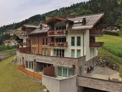 Photo for A spacious, luxury holiday home in the Saalbach/Hinterglemm ski-area.