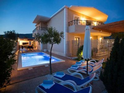 Photo for 4* Luxury Apt Sasso with heated private pool