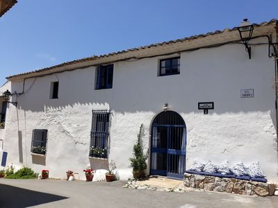 Photo for Rustic XVII century house set amongst vineyards near Sitges