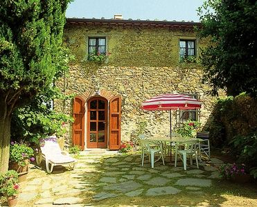 Photo for 2BR Villa Vacation Rental in Tuscany, Lucca