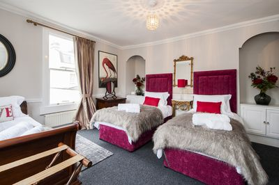 The Red Room - sleeps 3