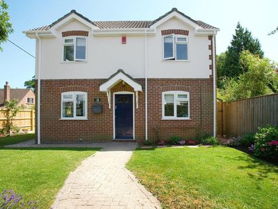 Photo for 4 bedroom property in Lymington.