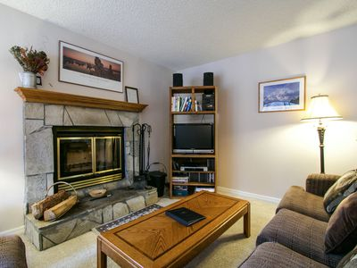 Photo for Cute, Walk to Eagle Lodge, Great Complex Amenities