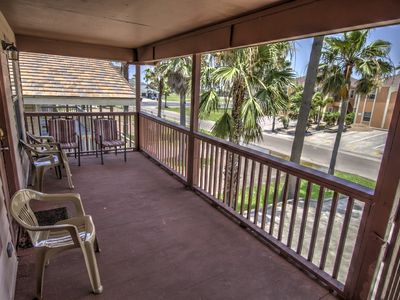 Beach Chic on a Budget! By Rent On Padre