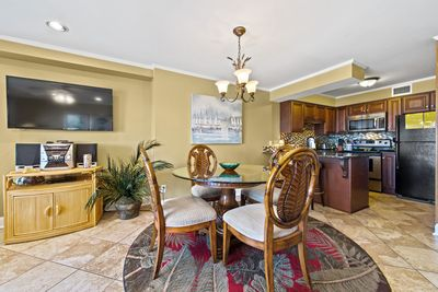 SPACIOUS DINING ROOM WITH TABLE FOR 4.  LOTS OF NATURAL LIGHT.