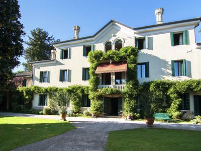 Photo for Monumental accomodation in the hills of Asolo