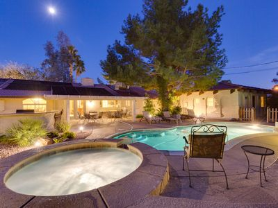 Photo for ***3200 Sq Ft 5 Bed 4 Bath 1 Story Private Pool/Spa W/ Casita