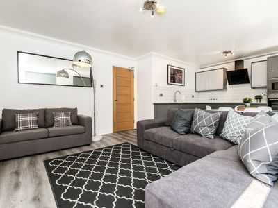 Photo for Stylish 2 bed Apt near Bold Street Super Central!