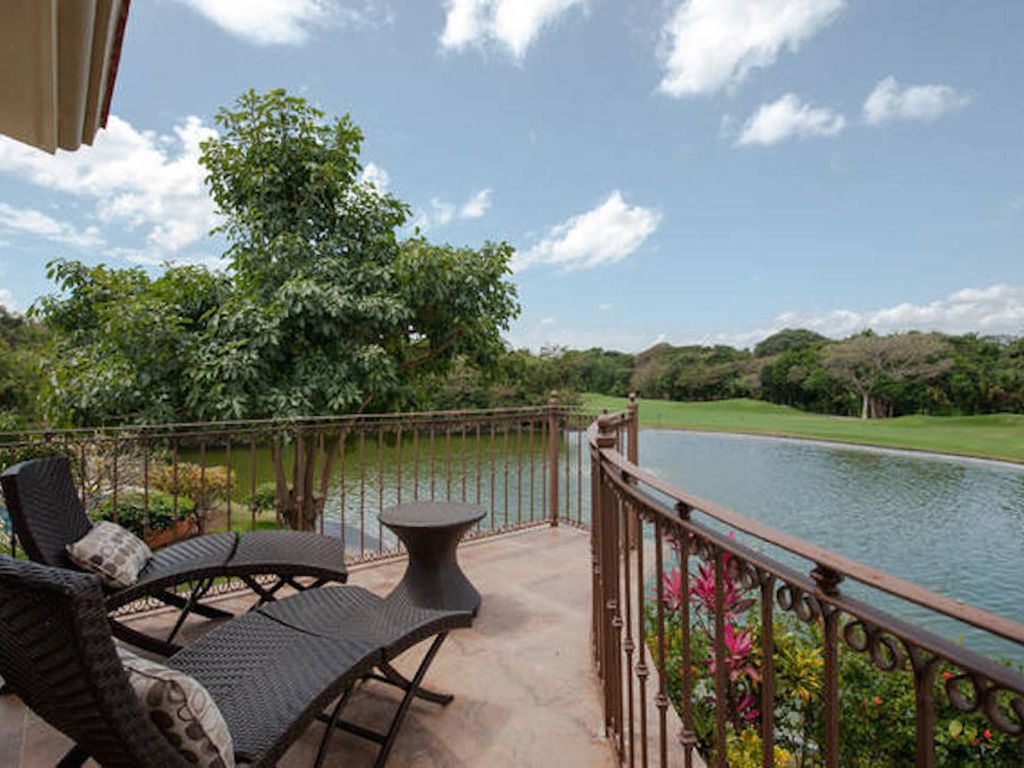 casa mariposa 3 bdr casa with private pool and backyard special