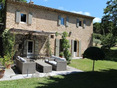 Photo for Charming house in the heart of Luberon