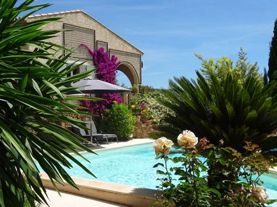 Photo for Very beautiful Provencal house sleeps 6/12 in a quiet area in Le Beausset, Var
