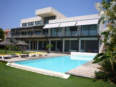 Photo for 8 bedroom Villa, sleeps 16 with Pool, FREE WiFi and Walk to Beach & Shops