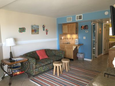 Steps from the Beach 1BD King/1BA  Condo Oceanfront Bldg Oceanview unit