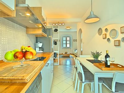 Photo for Tastefully furnished two-bedroom apartment in the centre of Porec