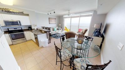 Photo for 22nd Floor Gulf Front 2bed/3bath Sleeps 6