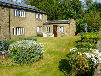 Photo for THE COTTAGE, family friendly, with a garden in Ogden, Ref 946067