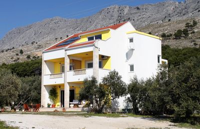Photo for Apartment in Duće (Omiš), capacity 4+3