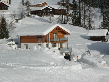 Luxurious Sunny Mountain Chalet with Sauna & panoramic view - for 6 people