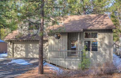 Photo for This Sunriver gem is pet-friendly and close to all your favorite activities!