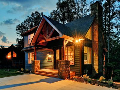 Photo for NEW 5⭐️ Oakley's Mountain Modern Lodge | Luxury Cabin in Arts & Crafts District